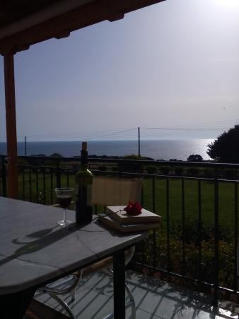 Villa Voidokilia