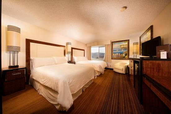 Western Village Inn & Casino: Double Queen Room
