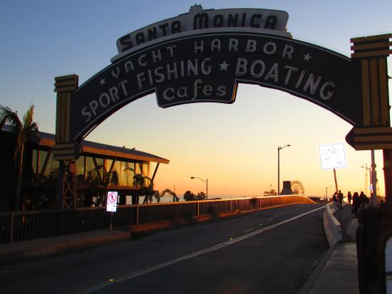 ‪Santa Monica Yacht Harbor Sign‬