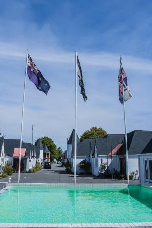 Camelot motor lodge updated 2017 motel reviews price for Ashford motor lodge christchurch nz