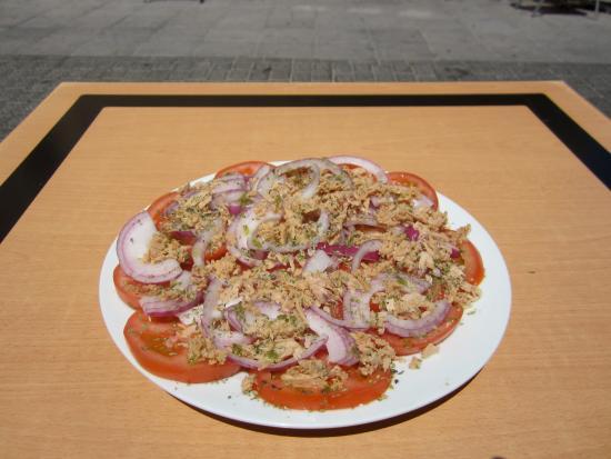 Bar/Cafe El Populacho : Ensalada de tomate!!