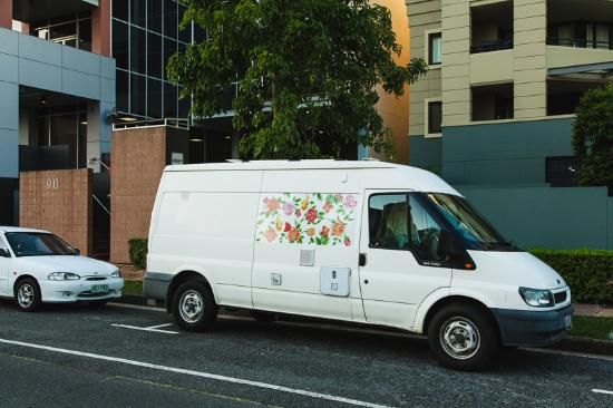 white van brisbane picture of djb photography walks brisbane