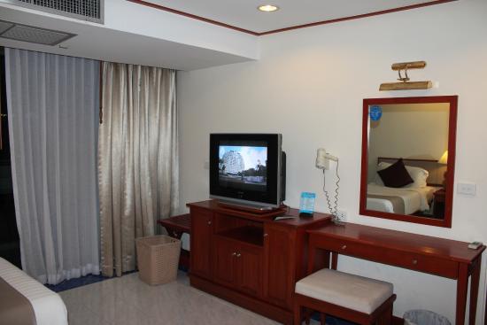 Andaman Beach Suites Hotel: second bedroom