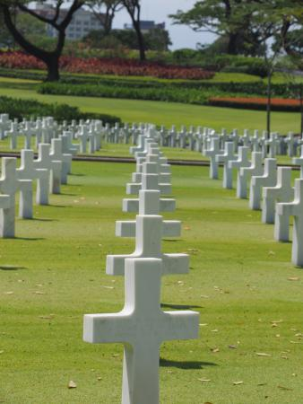 Manila American Cemetery and Memorial: WWII cemetery