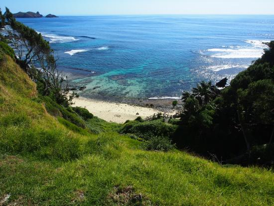 Pinetrees Lodge: Middle Beach - great snorkelling