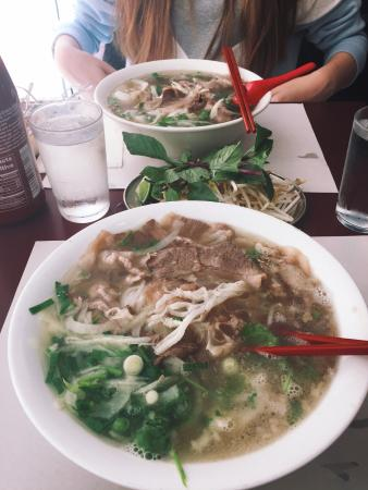Pho Lien: #1 pho in montreal