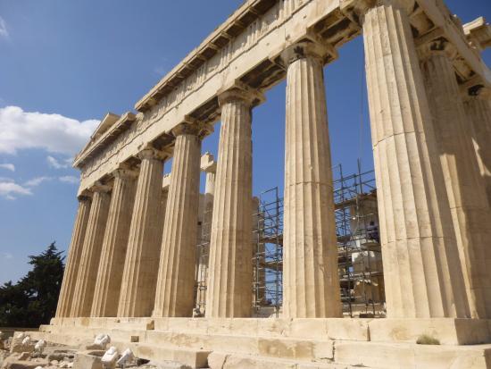 太い柱はエンタシス - アテネ、...