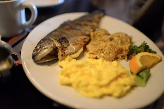 Bistro at the Bijou: Grilled whole fish