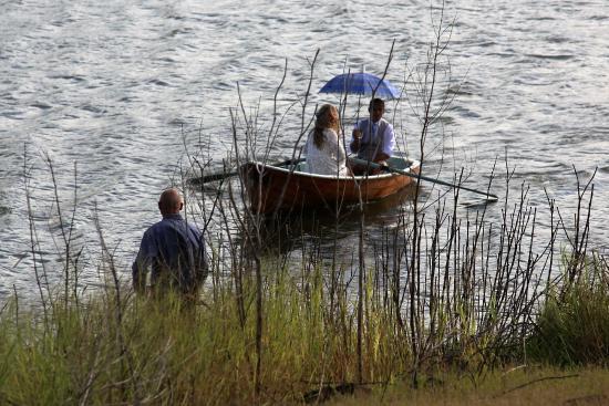 Zdjęcie Secrets on the Lake