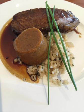 Restaurant Tasman : Sirloin with spiced veges and brown rice.