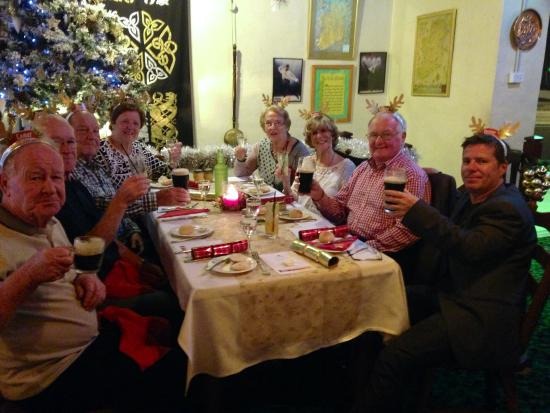 D'Arcy Arms Motel: Christmas in July