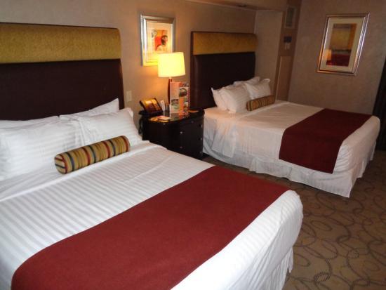 2 queen room picture of treasure island ti hotel casino las rh tripadvisor in