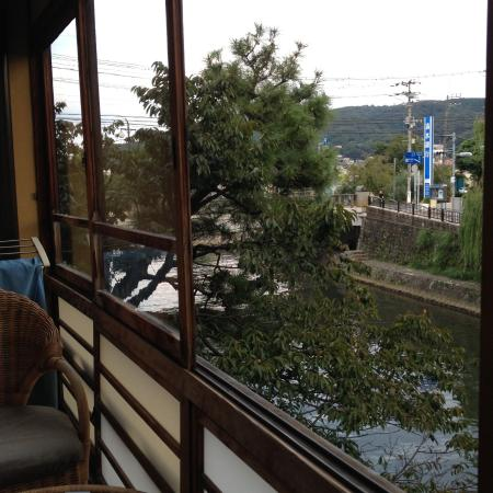 Rest with ease in a very Japanese and friendly atmosphere!