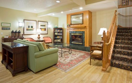 Country Inn & Suites By Carlson, Mankato Hotel and Conference Center: Lobby