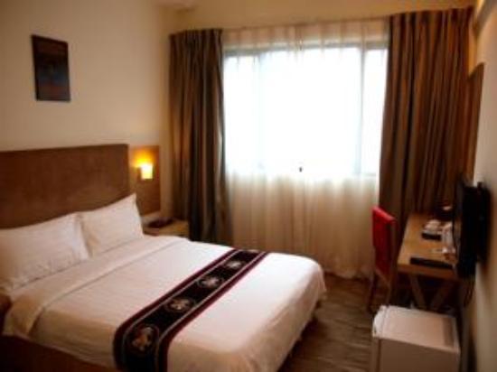 Pinnacle Hotel: double room