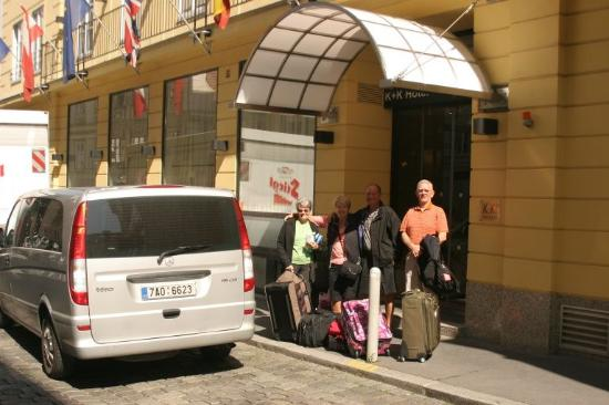 Martin's Prague Taxi & Transfers: Arrival to Vienna k+k Hotel