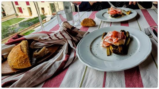 Carciofi All 39 Olio Con Burrata Foto Di Due Mori Asolo