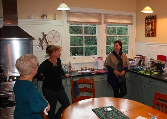 Glenbrook House and Cottage: The Kitchen