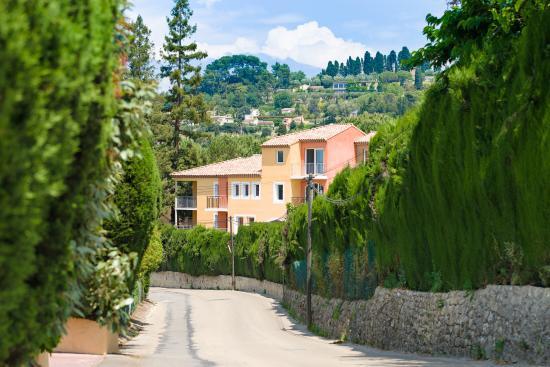 Residence Lagrange Prestige Appart-Hotel le Domaine de Mai