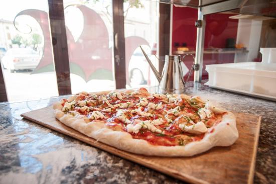 La Pizza Al Taglio Di Casa Bastia