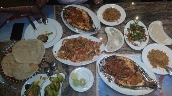 El Dawaran Fish - King Of Shrimps: your choice after cooking plus sides