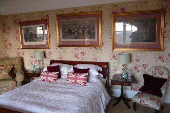Longbourn Bed and Breakfast