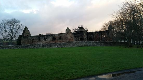 Kiltarlity, UK: Beauly Priory
