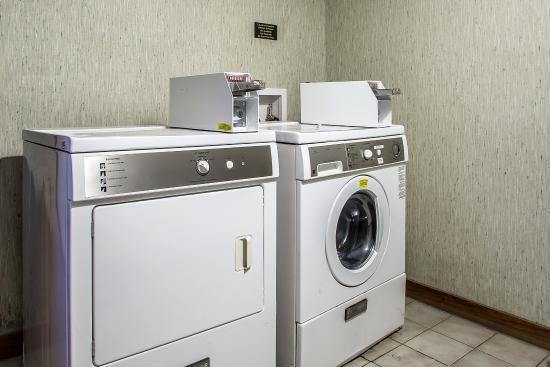 Econo Lodge : Laundry