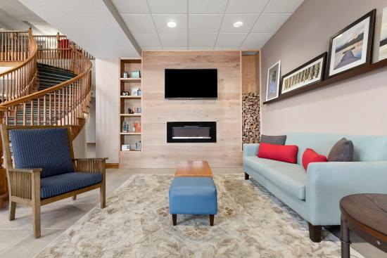 Country Inn & Suites By Carlson, Port Canaveral: Lobby