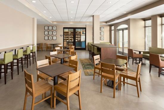 Country Inn & Suites By Carlson, Port Canaveral: Restaurant