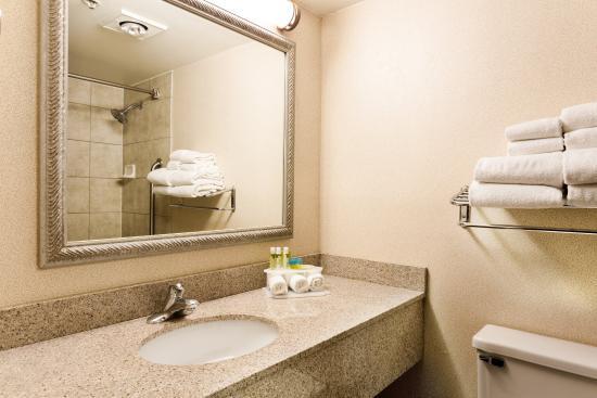วอวาโตซา, วิสคอนซิน: Guest Bathroom