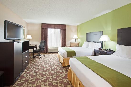 Reidsville, Carolina do Norte: Two Queen Bed Guest Room