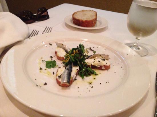 Babbo: Gnocchi; antipasto ricotta e alici; ristorante