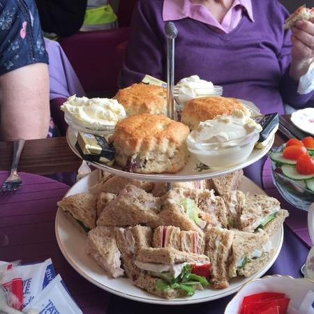 Horndean, UK: Afternoon Tea