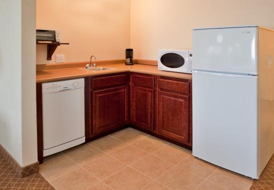 Warrenton, MO: Guest Room