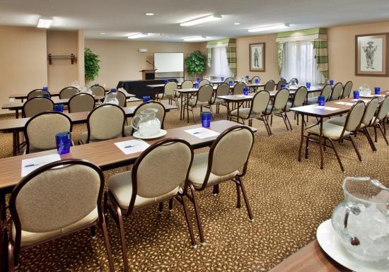Warrenton, MO: Conference Room