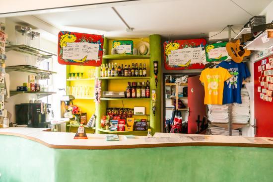 Babelfish Hostel: Reception