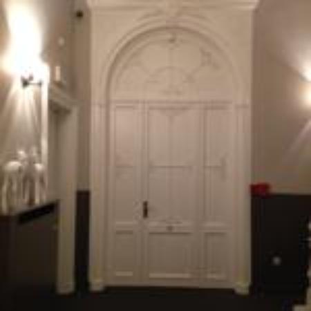 The Golden tree hotel : Corridor