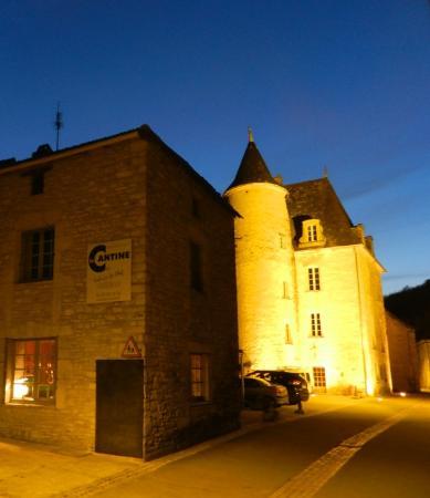 Daglan, Frankrike: La Cantine by night
