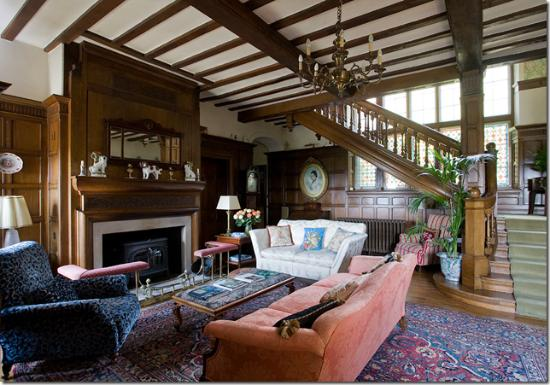 Thurnham Keep Country House B&B: The Guest Lounge