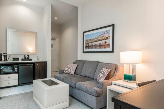 king suite living area picture of embassy suites by hilton rh tripadvisor com