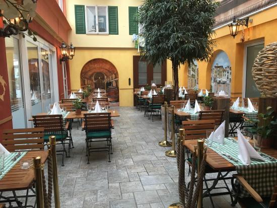 Wilen, Schweiz: Restaurant Casa Grande