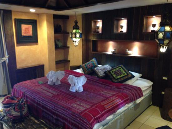 Amata Lanna Jangmuang: One of the double beds