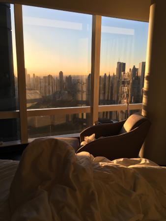 Mandarin Oriental, New York: Blick vom Bett in den Central Park