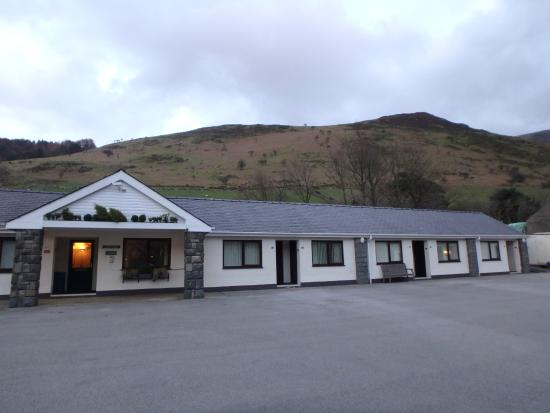 Snowdonia Mountain Lodge: The rooms and the B&B office