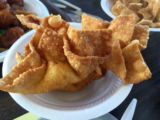Webster Groves, MO: Crab Rangoon