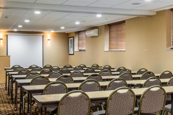 Comfort Inn Staten Island: Meeting room
