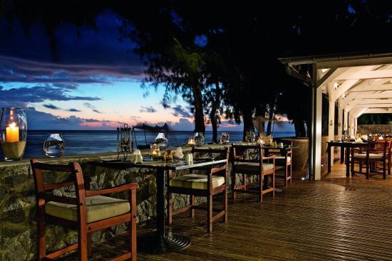 Restaurant picture of lux saint gilles saint gilles for Bains les bains restaurant
