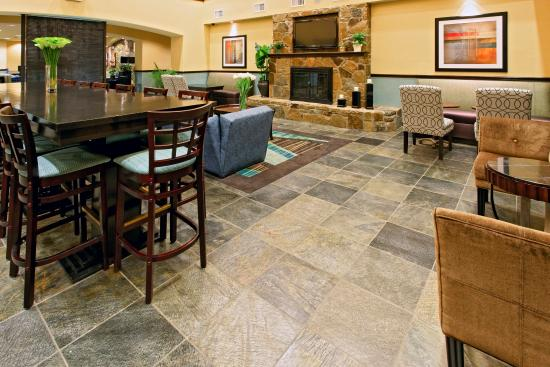 Holiday Inn Express Hotel & Suites Weatherford: Weatherford Hotel Breakfast Area