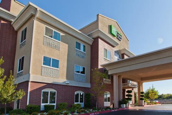Holiday Inn Express Hotel & Suites Sacramento NE Cal Expo: Holiday Inn Express near Cal Expo and Arden Fair Mall